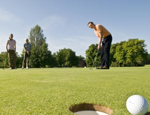 Golf. Einfach mal ausprobieren.